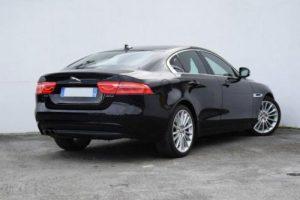 Jaguar XE leasing samochody osobowe dla firm