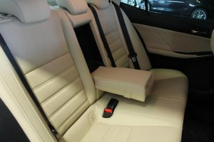Lexus IS wnętrze